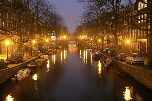 exploring amsterdam canals travel tips