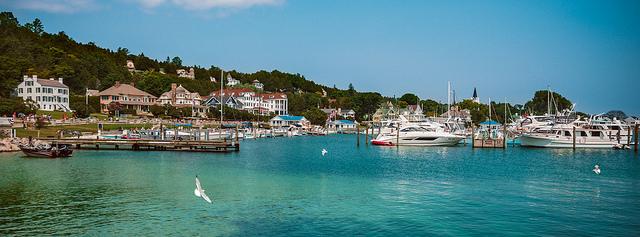 visit mackinac island travel guide