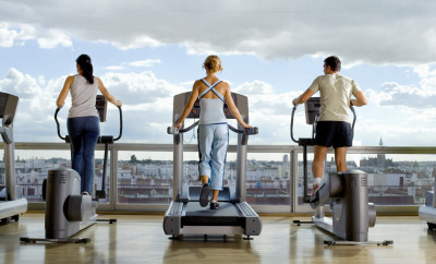 how to meet singles at the gym