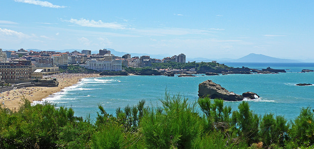 visiting biarritz france travel tips