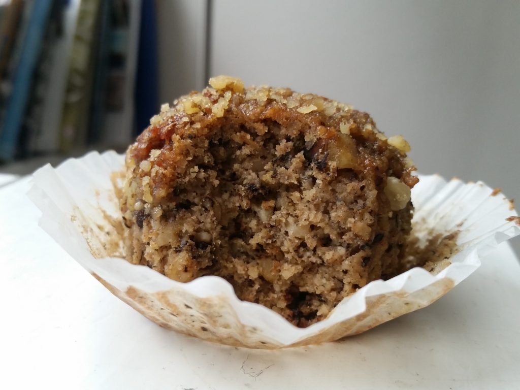 kitchfix review banana muffin